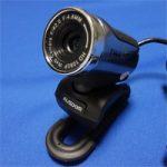 ウェブカメラ「AUSDOM AW615」レビュー。3千円でフルHD・F2.0ガラスレンズ・マイク内臓