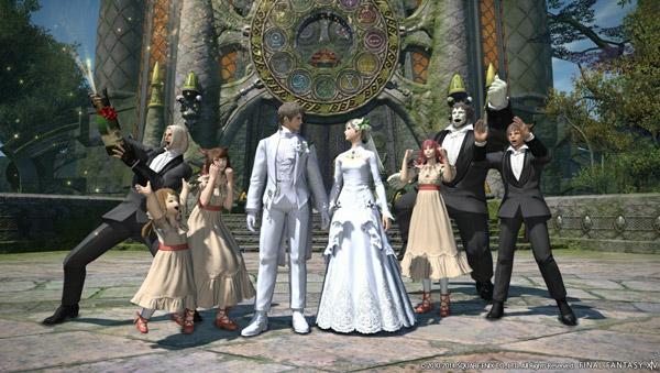 新郎新婦の純白衣装。毎回エレゼンの役回りはこんな感じだ。